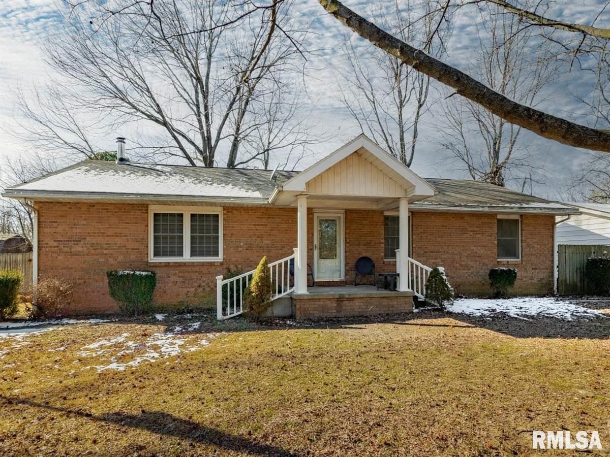 11745 960 E Property Photo - Mt Carmel, IL real estate listing