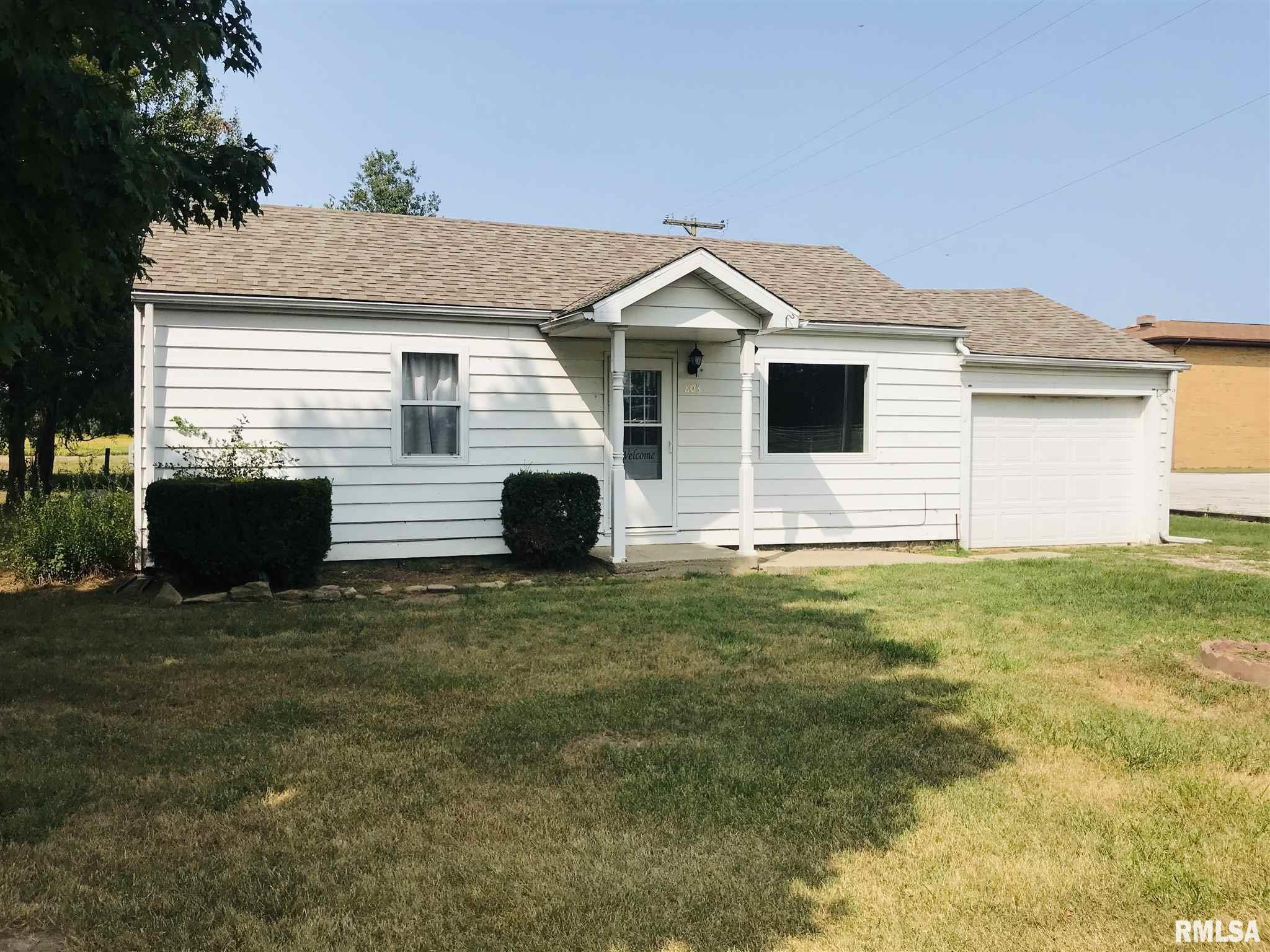 803 E FIRST Property Photo - Kinmundy, IL real estate listing