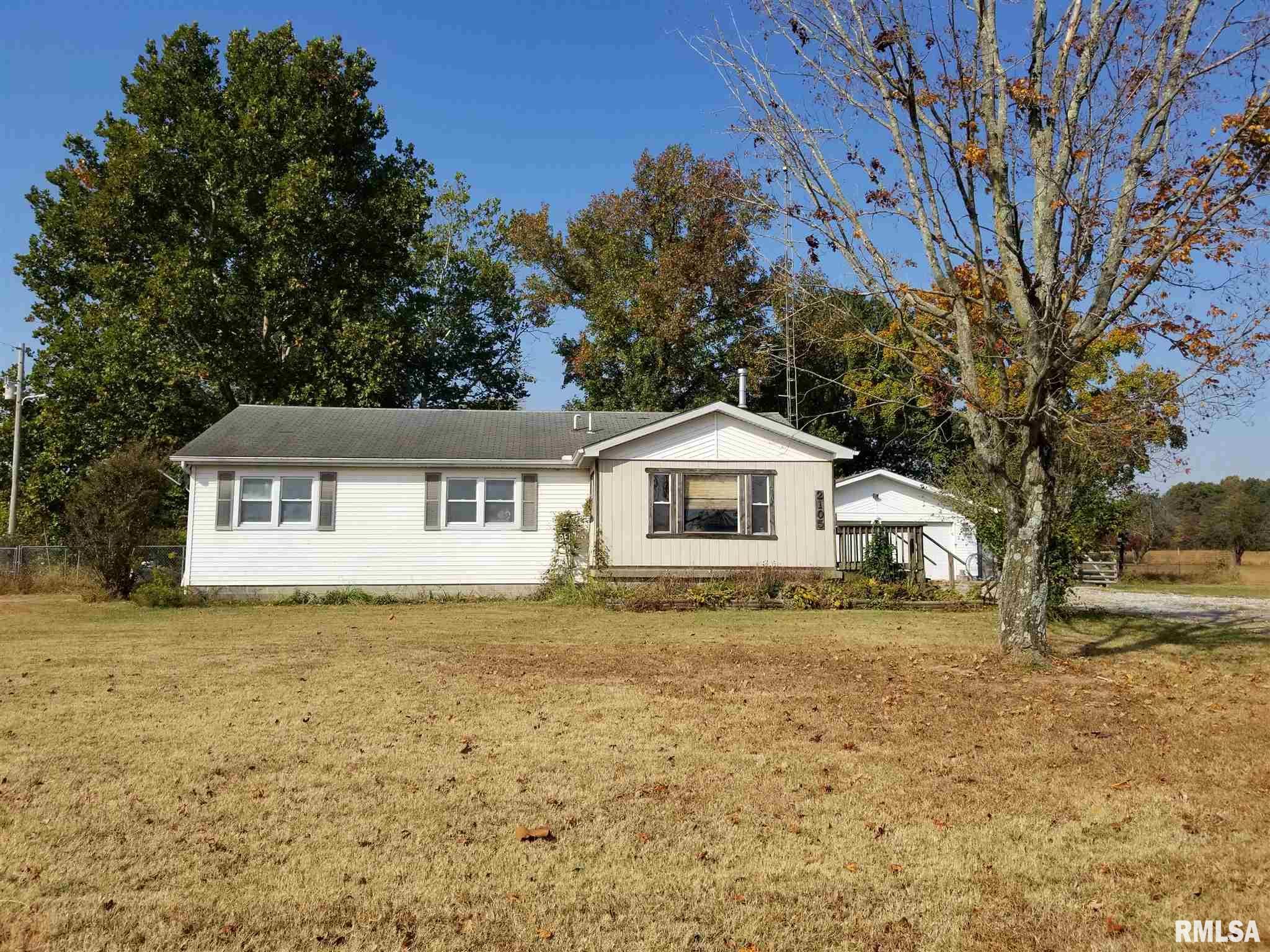 62883 Real Estate Listings Main Image