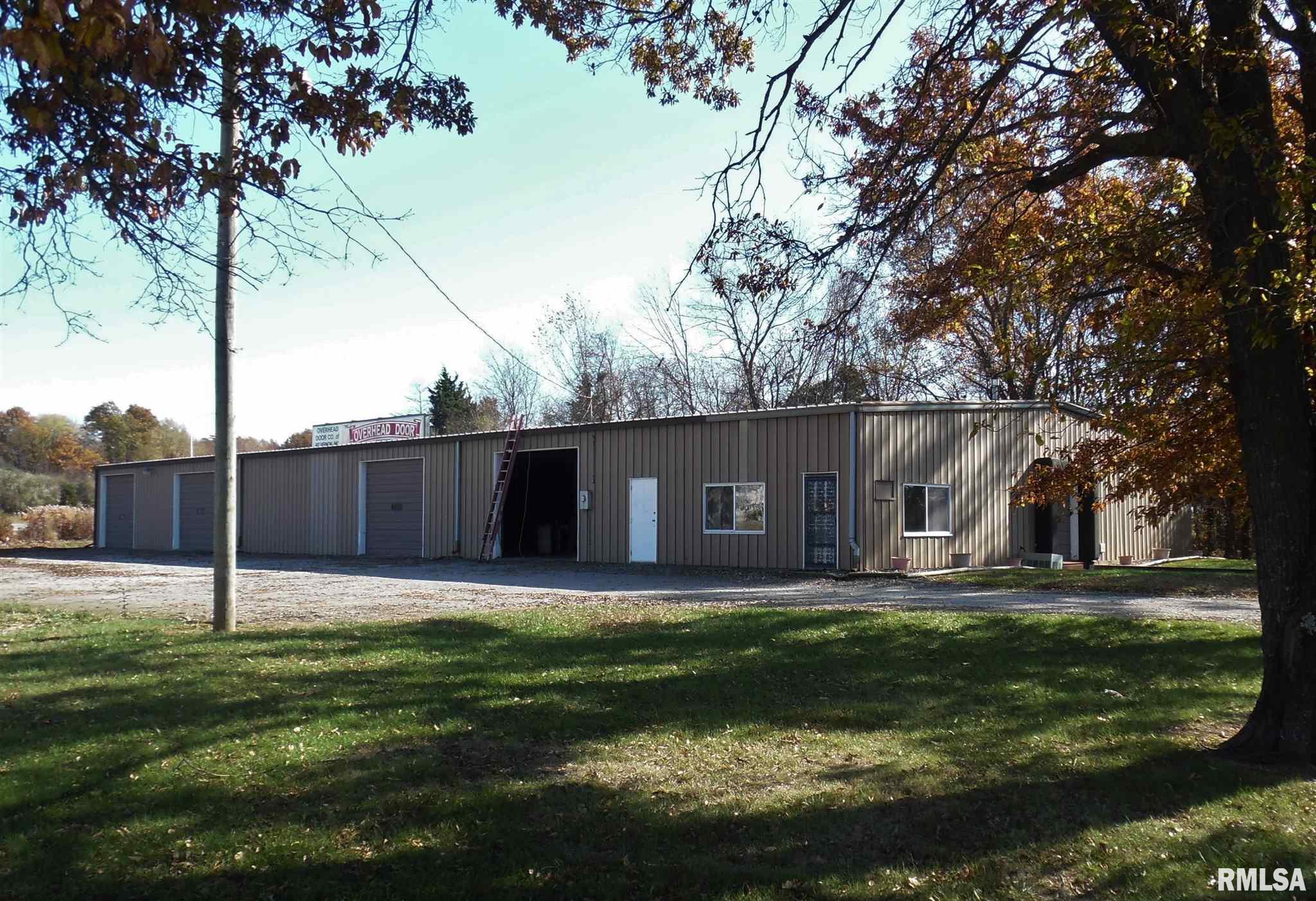 900 S 45TH Property Photo - Mt Vernon, IL real estate listing