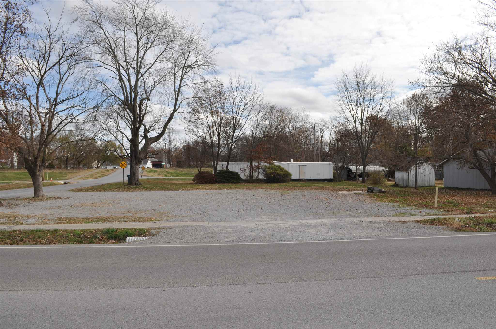 301 S MARSHALL Property Photo - McLeansboro, IL real estate listing