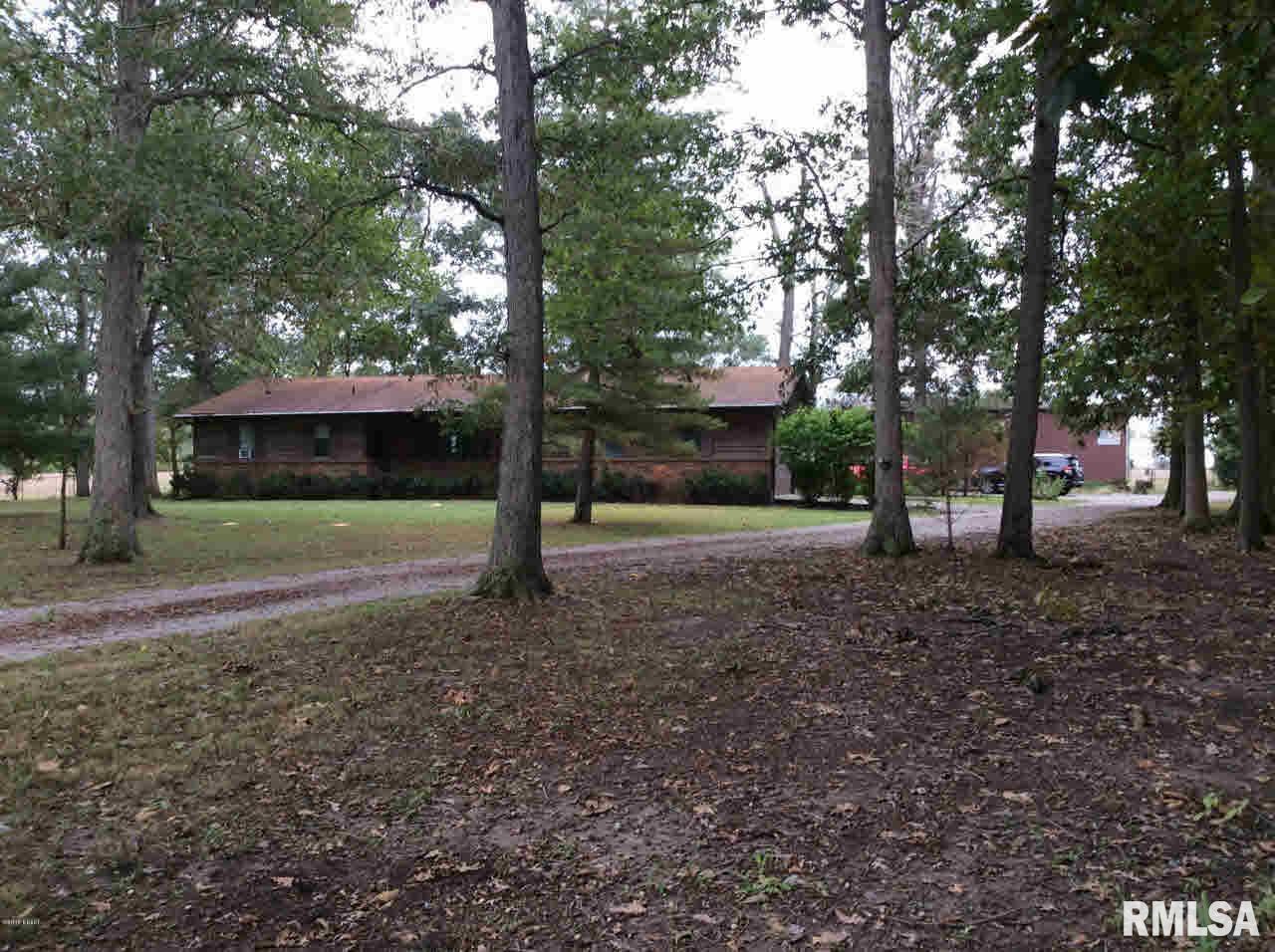 4295 E Houston Property Photo - Woodlawn, IL real estate listing