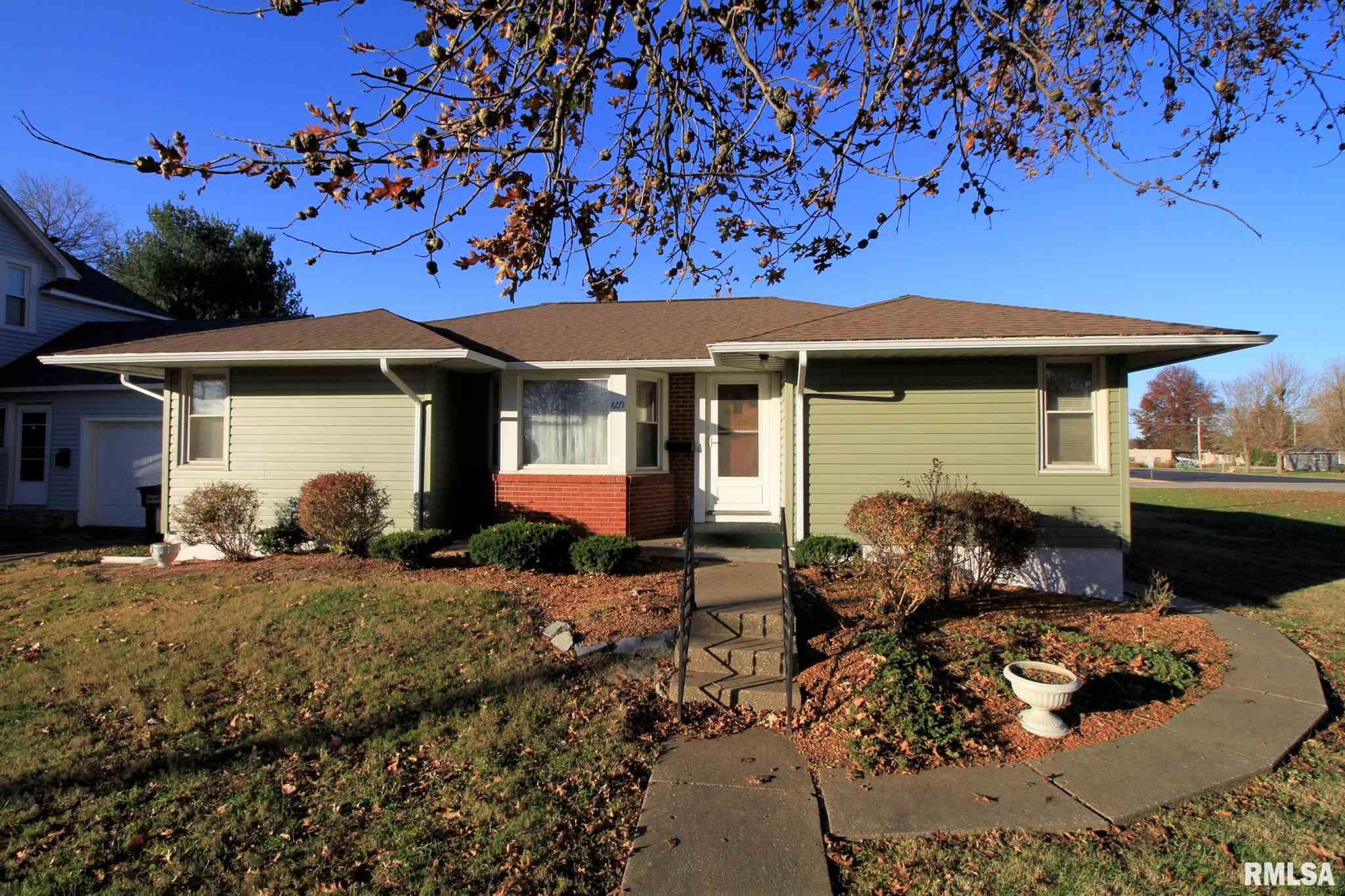 609 W BROADWAY Property Photo - Steeleville, IL real estate listing