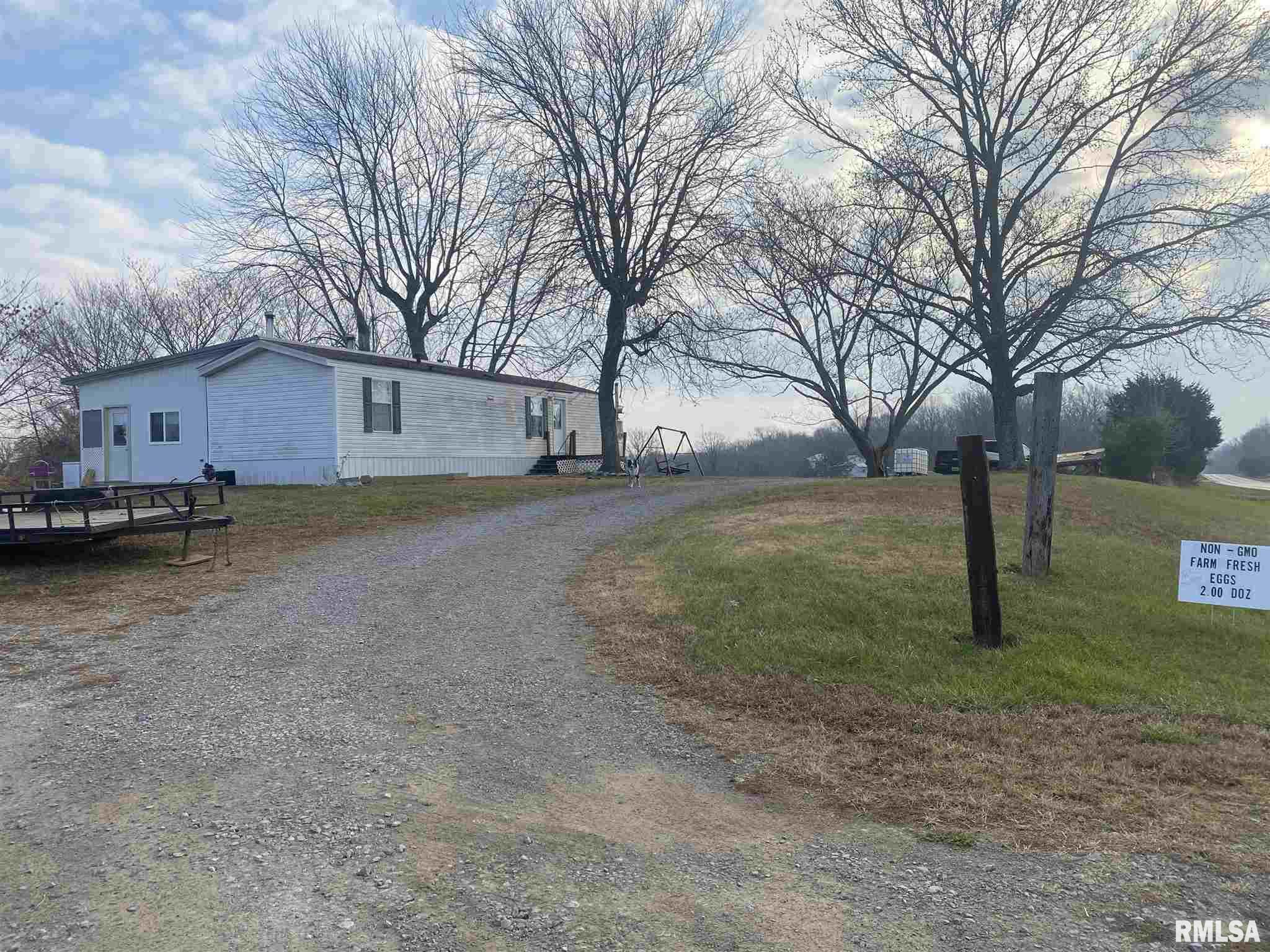 5778 Route 166 Property Photo - Creal Springs, IL real estate listing