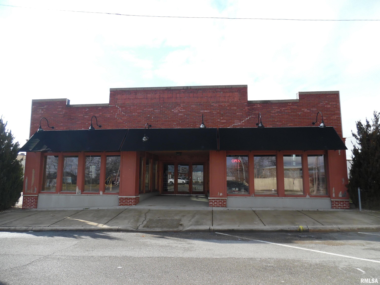 315 S 9TH Property Photo - Mt Vernon, IL real estate listing