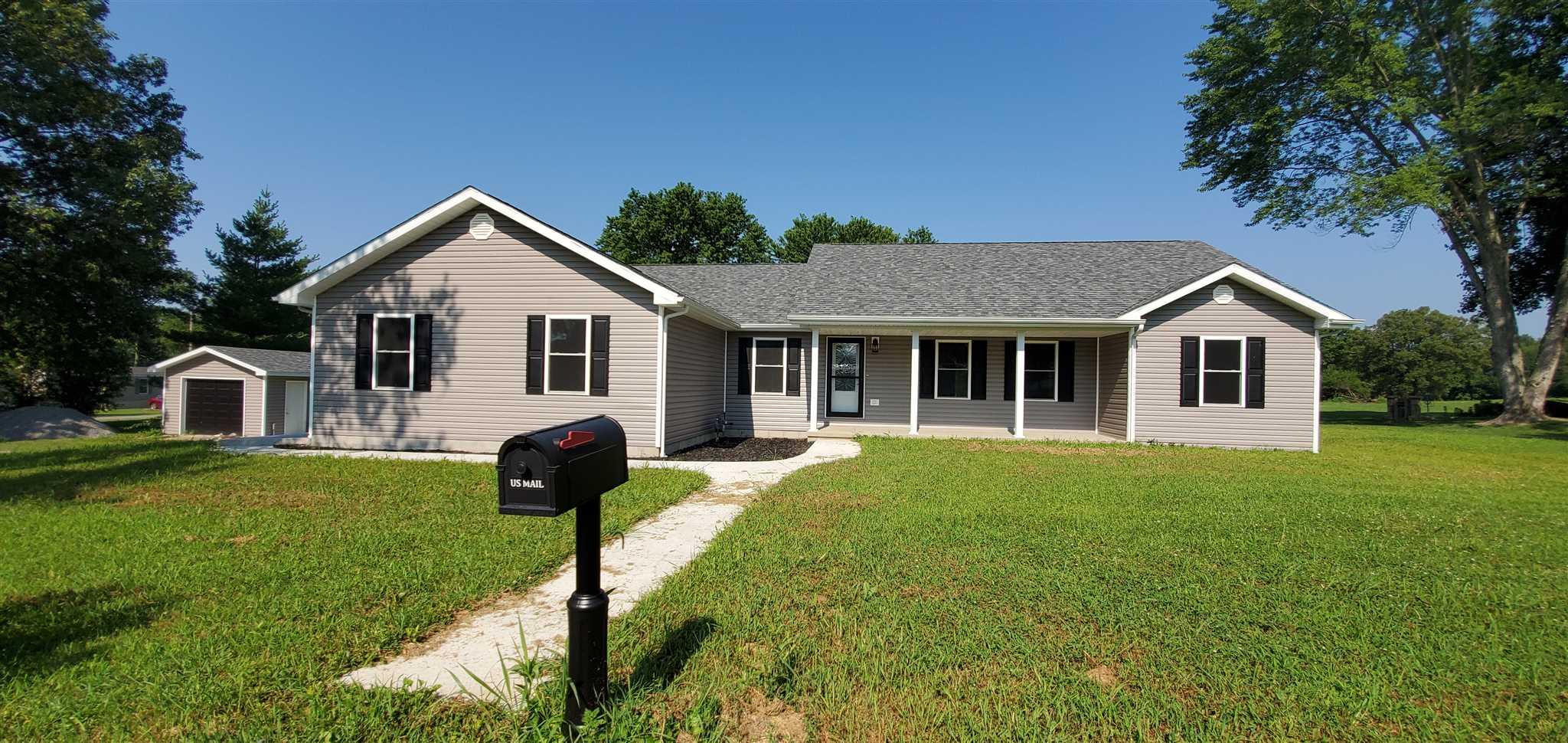 1009 TROLLEY Property Photo - Eldorado, IL real estate listing