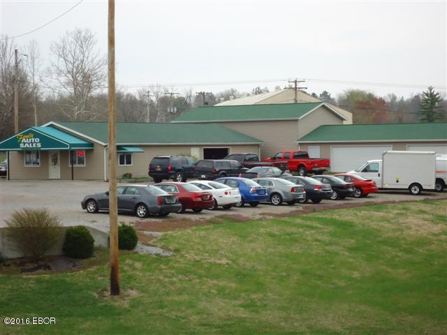 103 E WALNUT Property Photo - Murphysboro, IL real estate listing