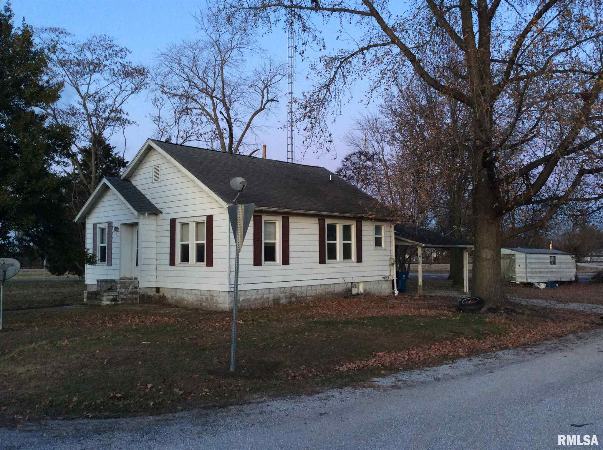 210 W 7TH Property Photo - Belle Rive, IL real estate listing