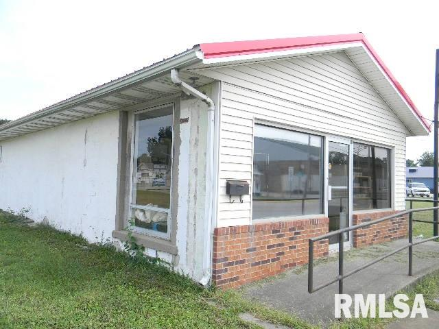 710-712 S MAIN Property Photo - Pinckneyville, IL real estate listing