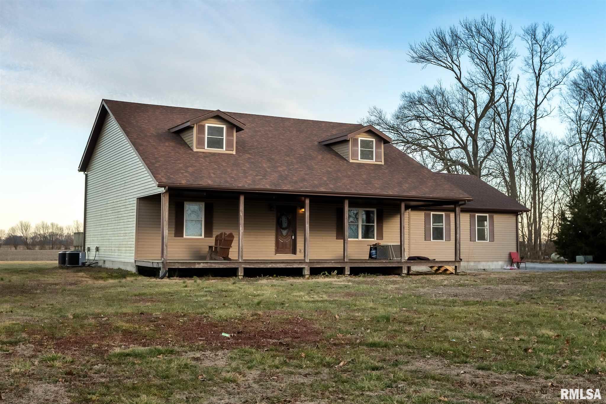 1340 Crossroad School Property Photo - Eldorado, IL real estate listing