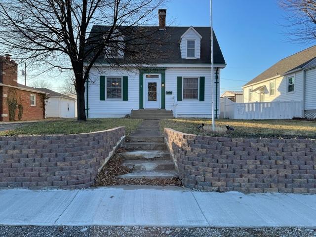 211 S 5TH Property Photo - Dupo, IL real estate listing