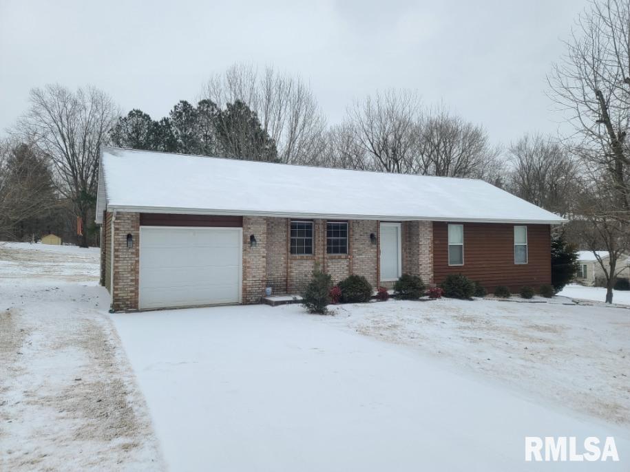 105 PARK Property Photo - Jonesboro, IL real estate listing
