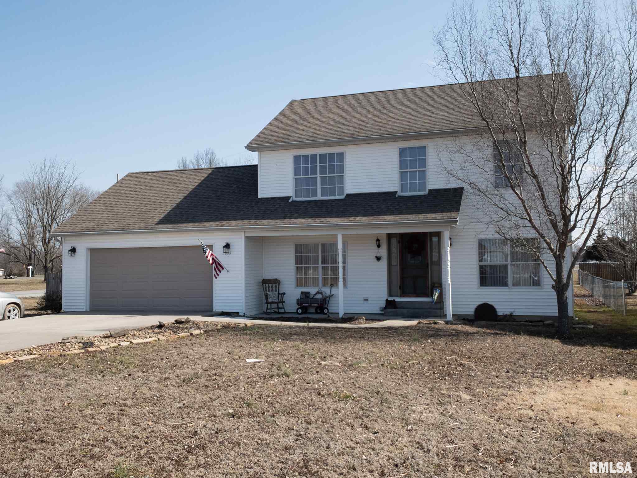 5899 Winterset Property Photo