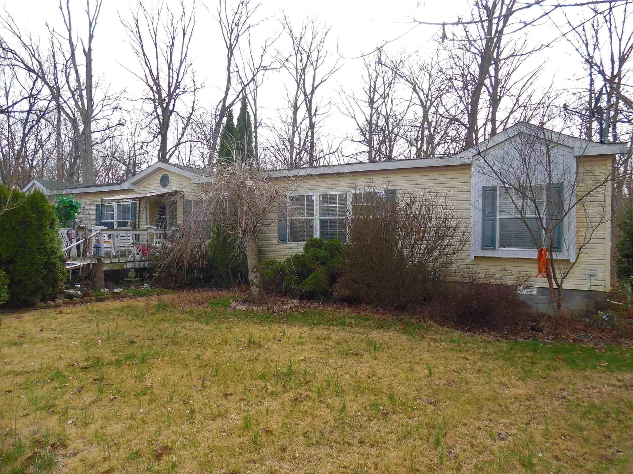2839 E Snapshot Property Photo - Woodlawn, IL real estate listing