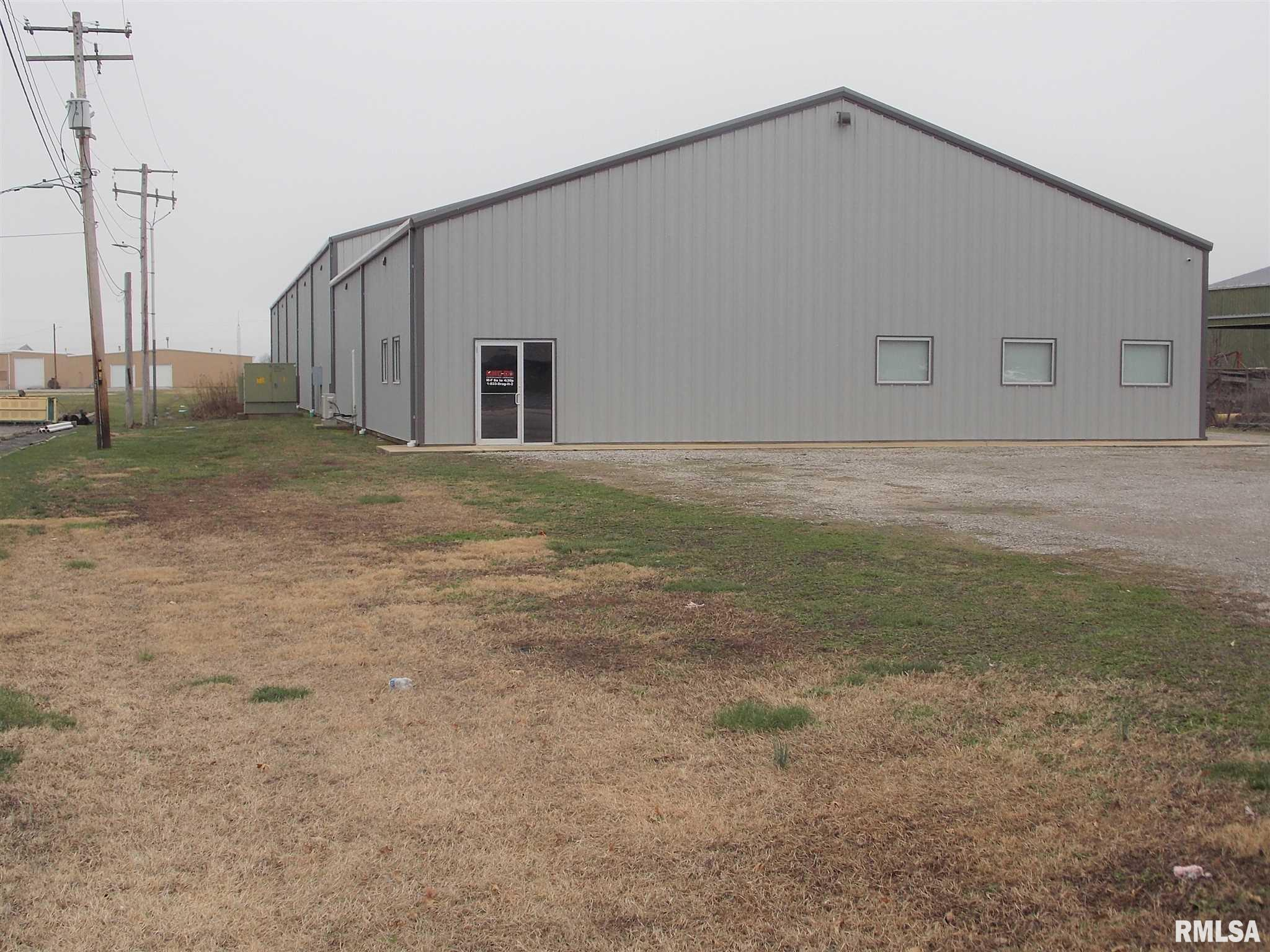 641 AIRPORT Property Photo - Centralia, IL real estate listing