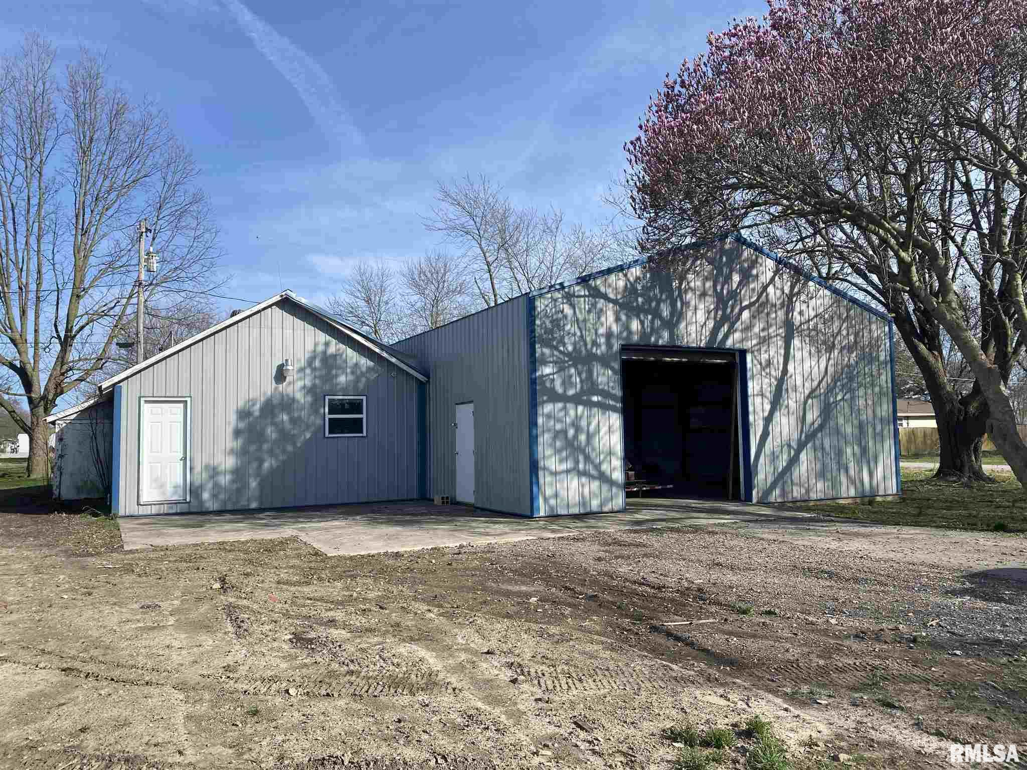 205 S FOURTH Property Photo - Irvington, IL real estate listing