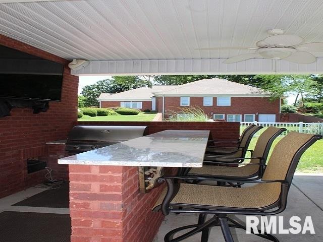 2757 Kokopelli Drive Property Photo 4