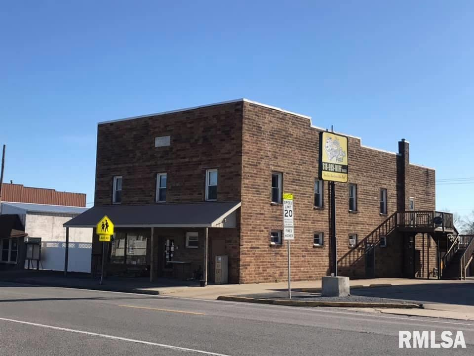 215 S BROADWAY Property Photo - Goreville, IL real estate listing