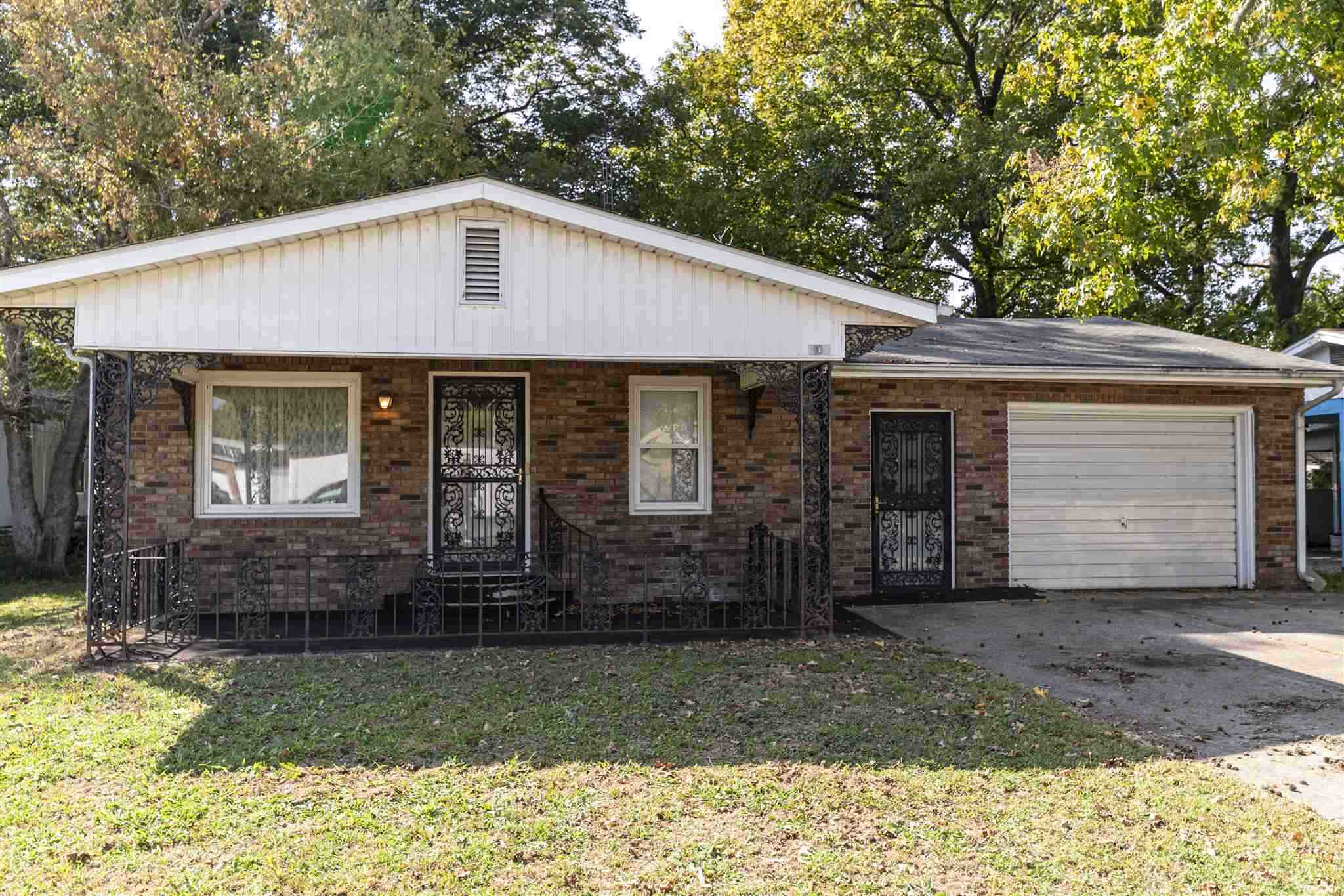 108 N WALNUT Property Photo - DeSoto, IL real estate listing