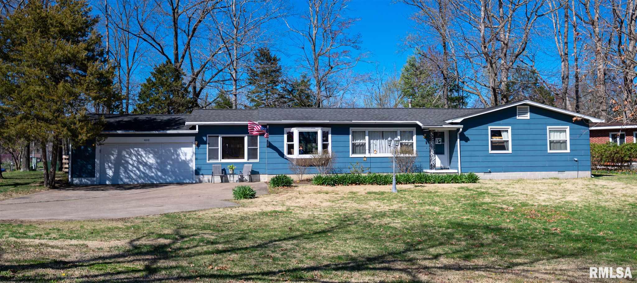 402 Country Club Lane Property Photo 1