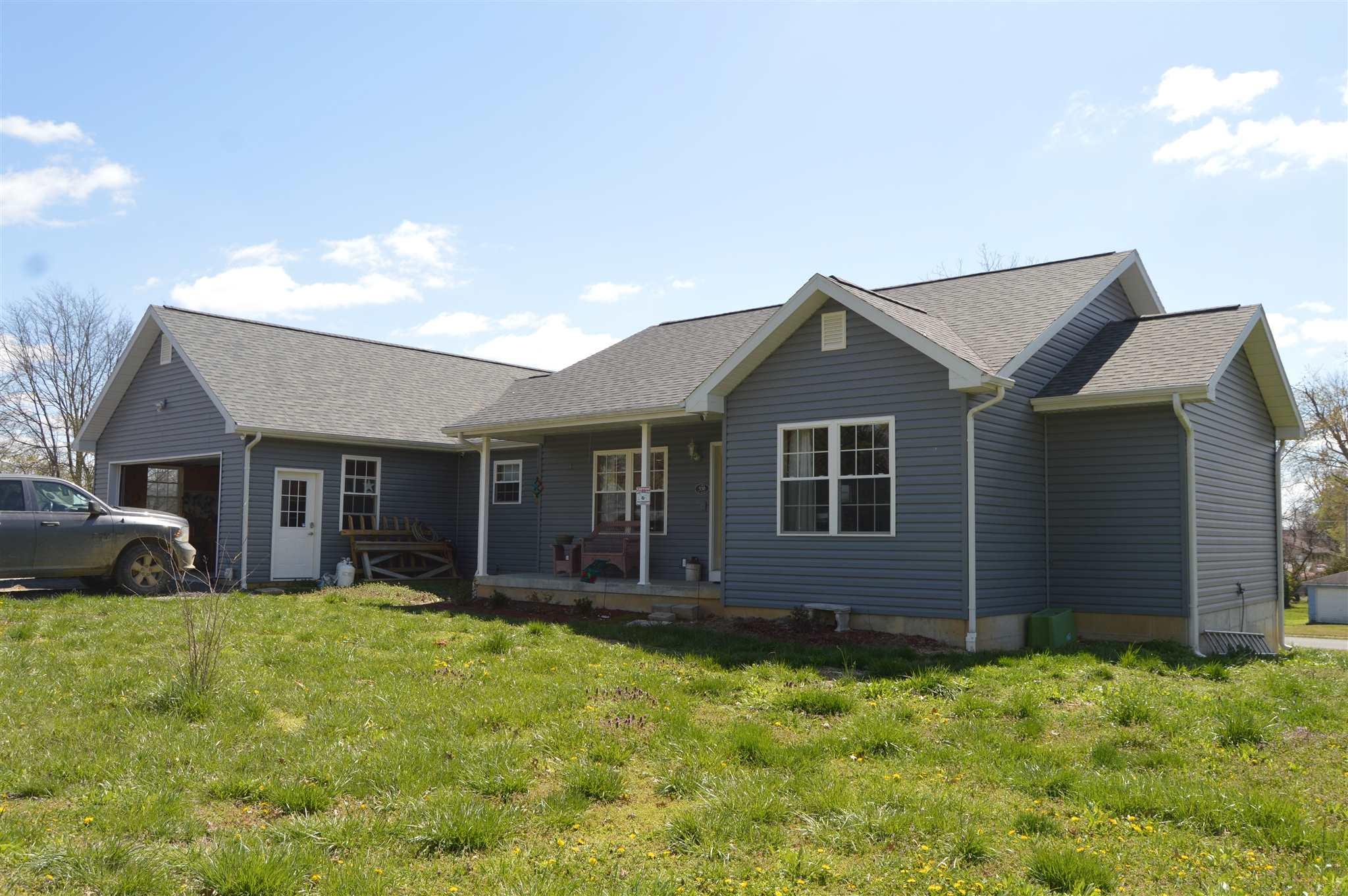 62871 Real Estate Listings Main Image