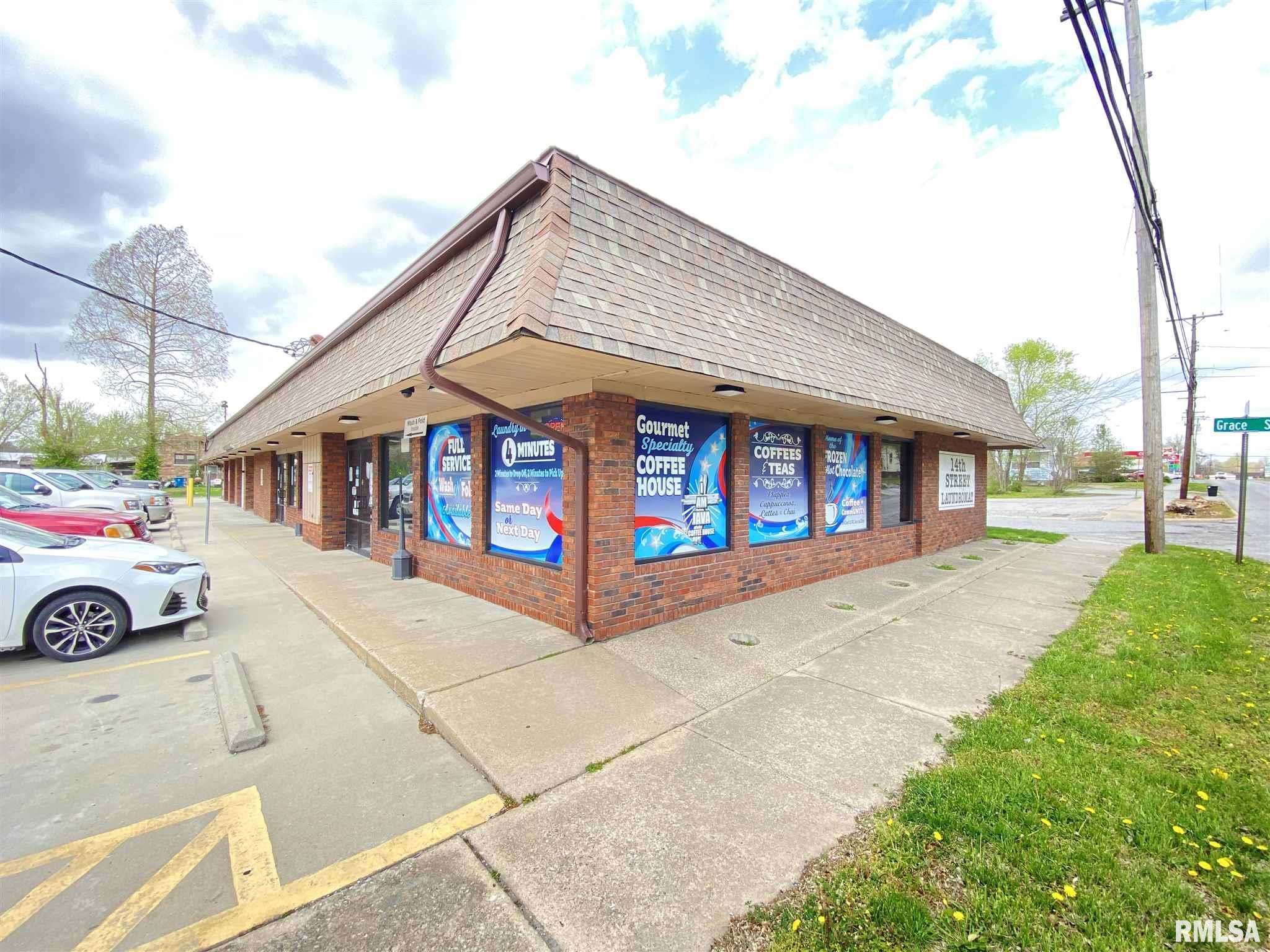 715 N 14TH Property Photo - Murphysboro, IL real estate listing