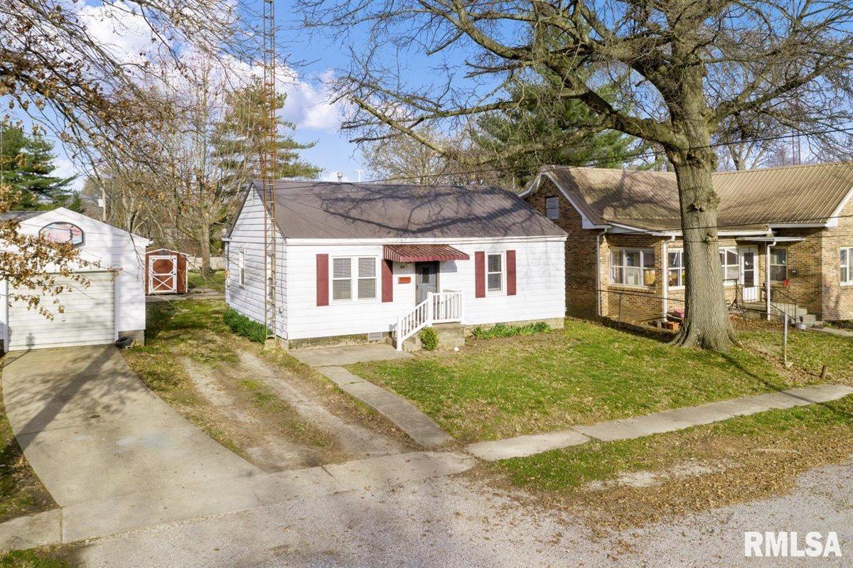 518 VINE Property Photo - Mt Carmel, IL real estate listing