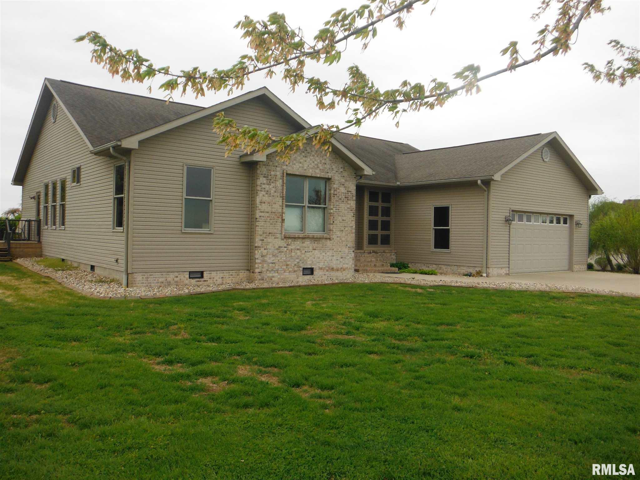 280 Willow Lane Property Photo 1