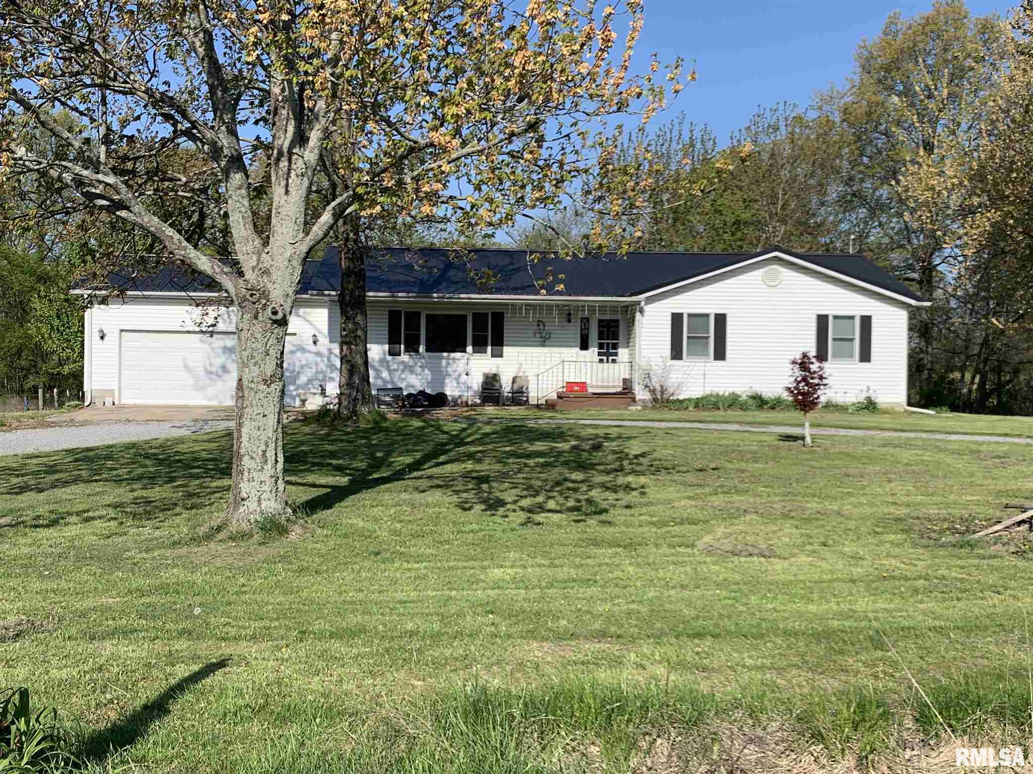 1605 County Highway 12 Property Photo - Cisne, IL real estate listing