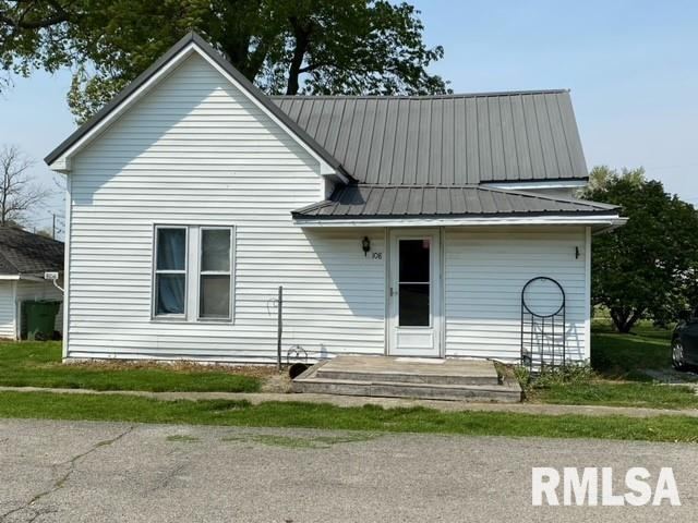 108 W FIFTH Property Photo - Ina, IL real estate listing