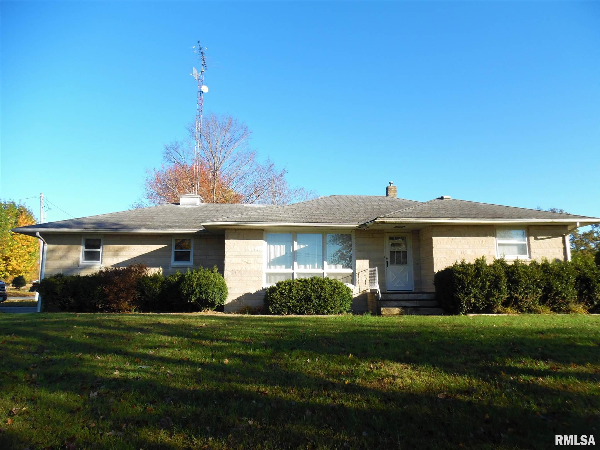 15040 N Seagull Property Photo - Bluford, IL real estate listing