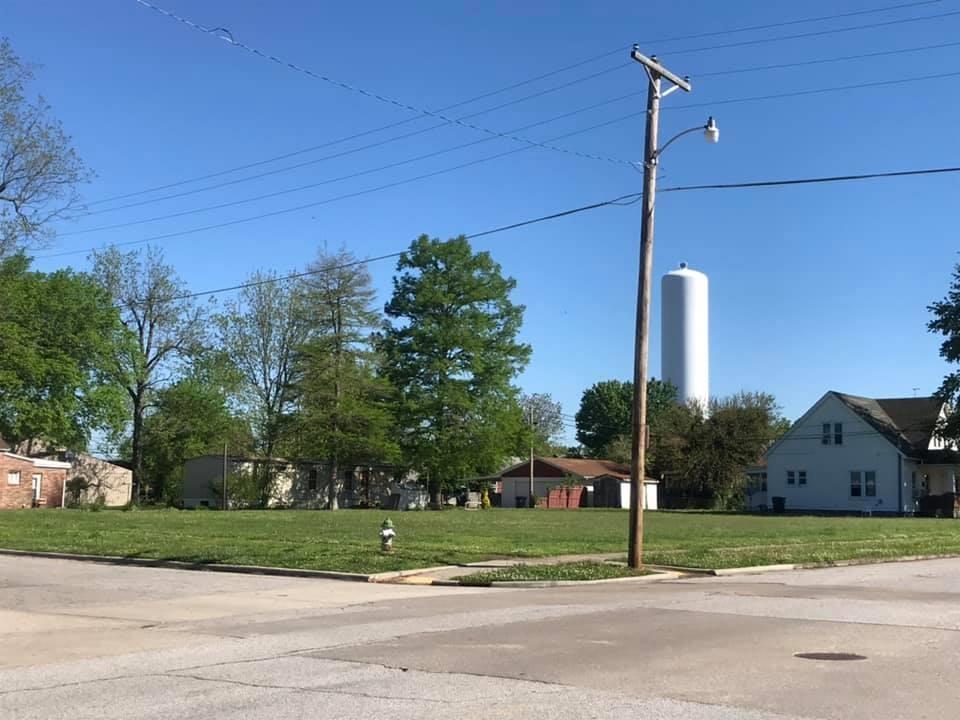 901 MARKET Property Photo - Metropolis, IL real estate listing