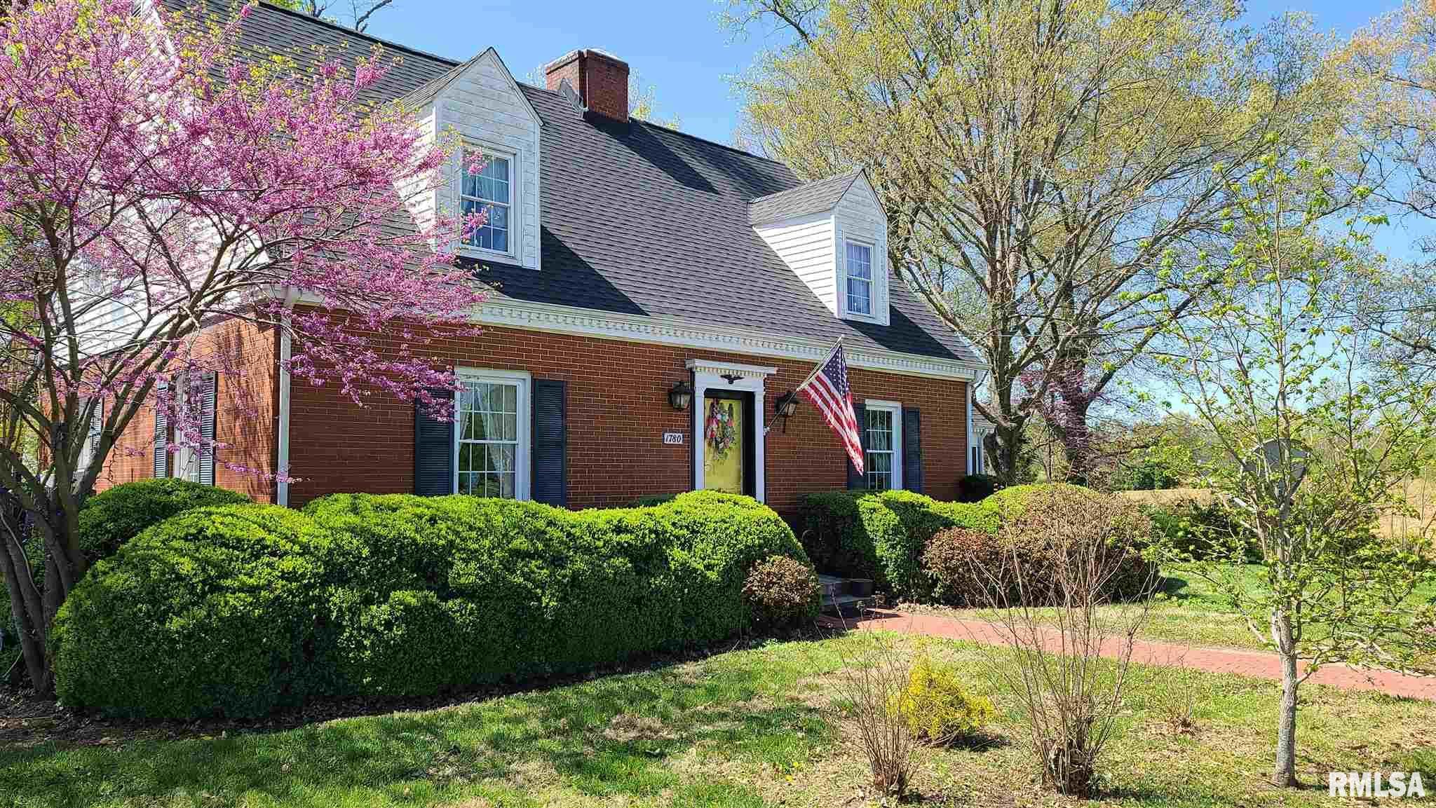 62977 Real Estate Listings Main Image