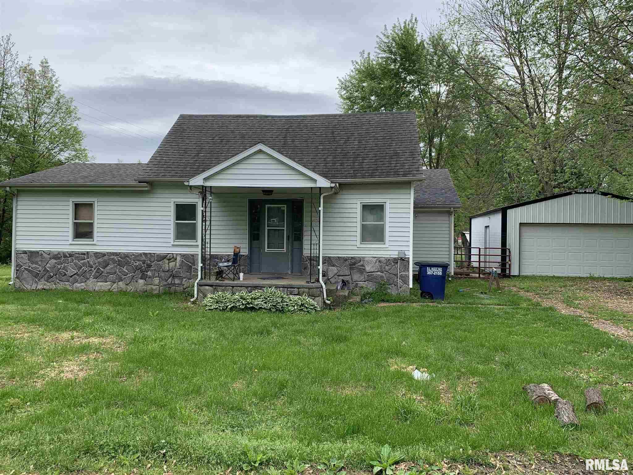 133 E VINE Property Photo - Tamaroa, IL real estate listing