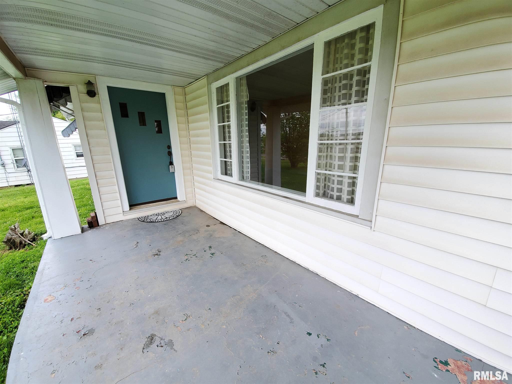 702 W Randolph Street Property Photo 1