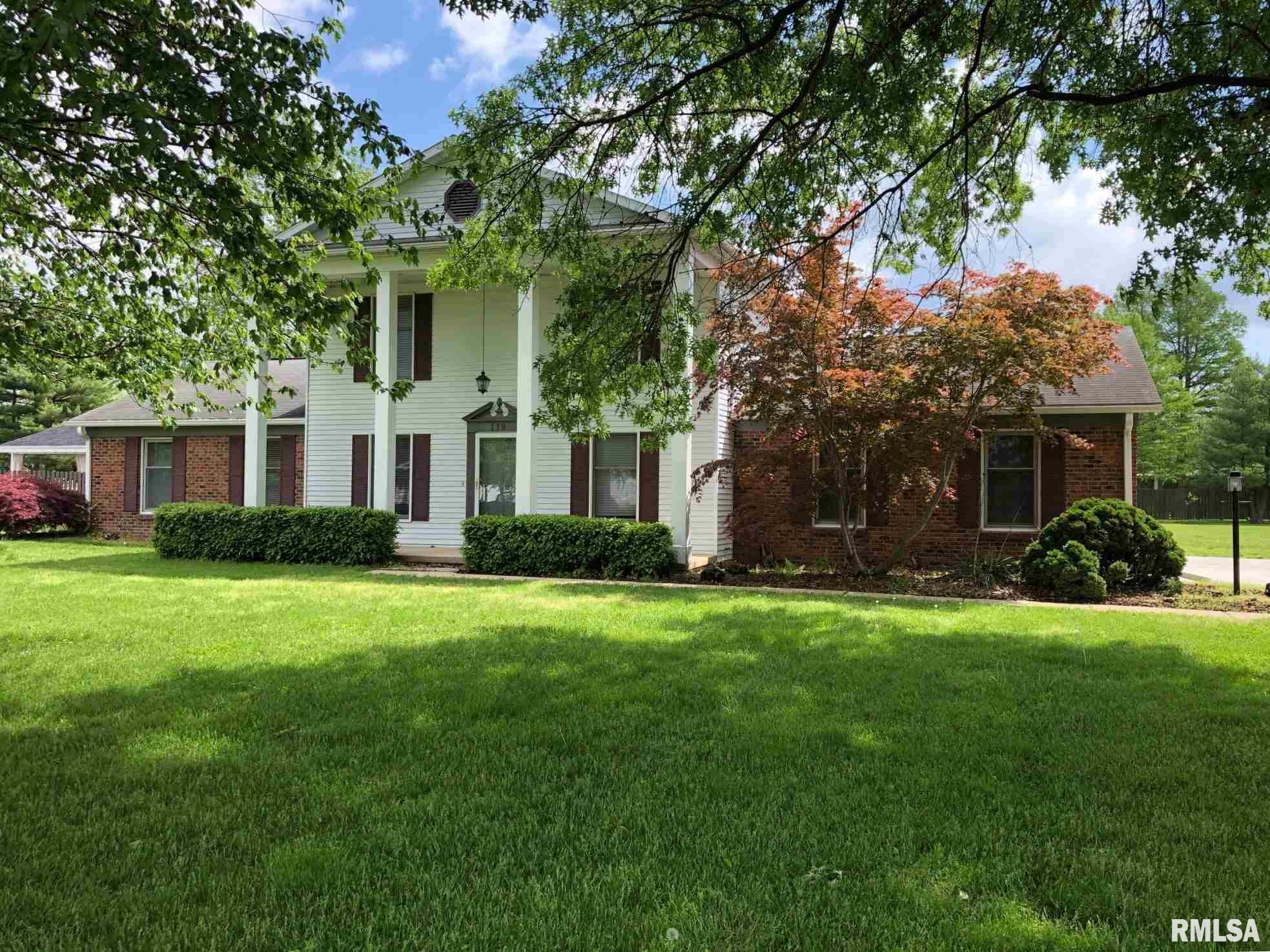 118 HAWTHORNE Property Photo - Salem, IL real estate listing