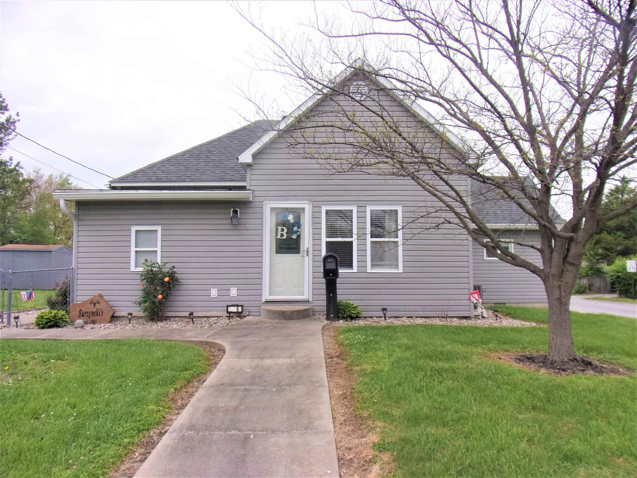 609 N VICTOR Property Photo - Christopher, IL real estate listing