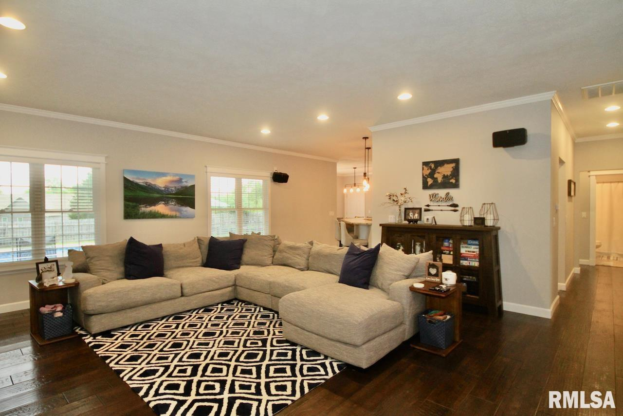 306 Excalibur Drive Property Photo 1
