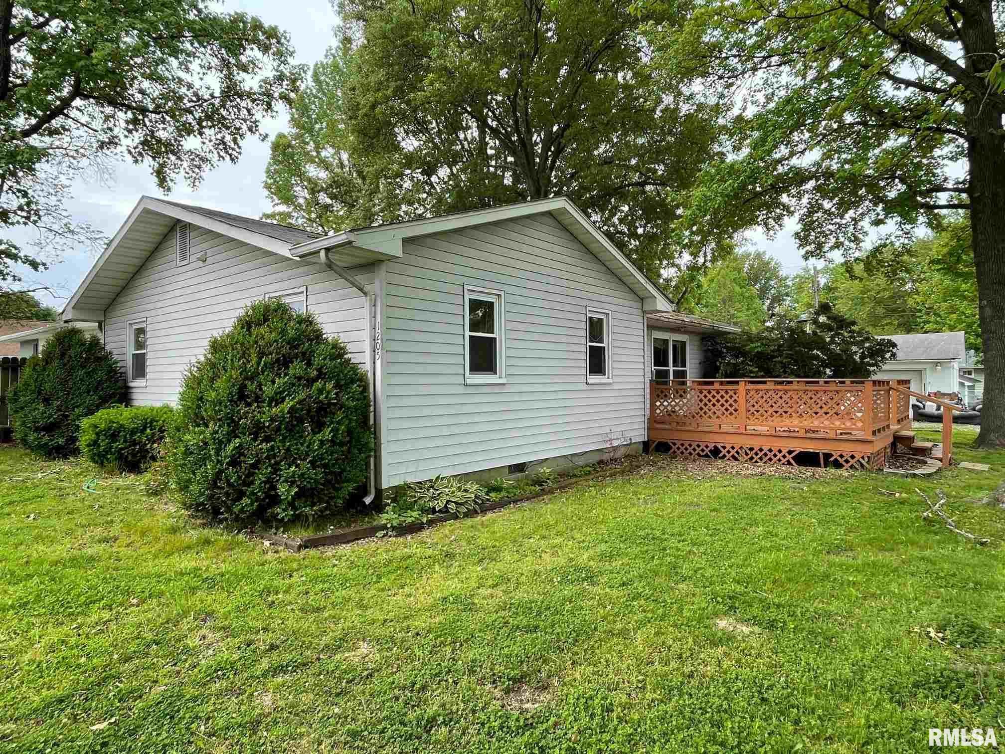 1205 S 16th Street Property Photo 1
