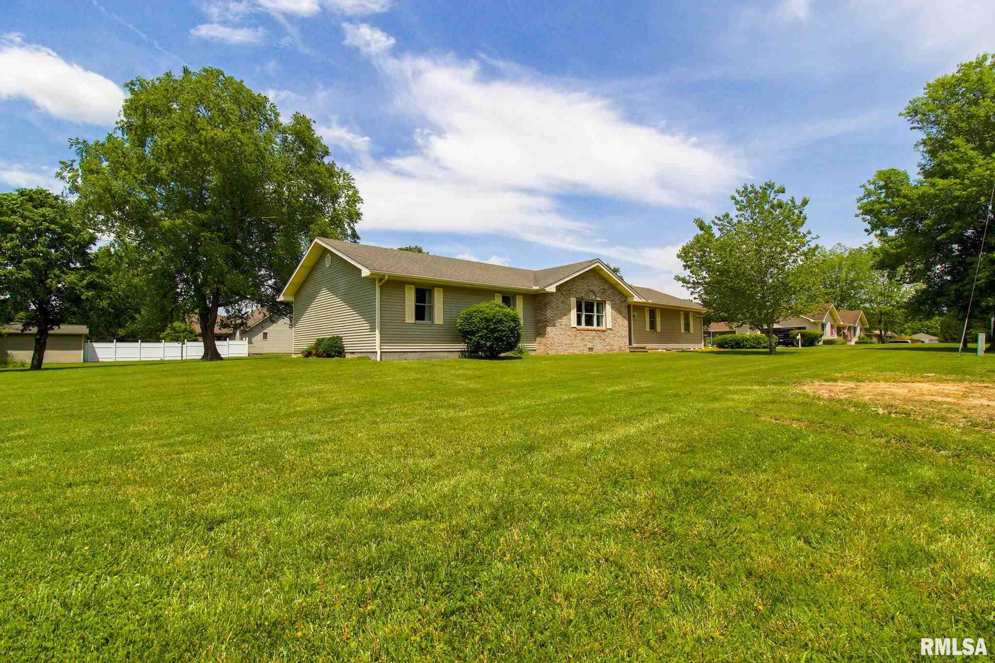 1309 E 9th Street Property Photo 1