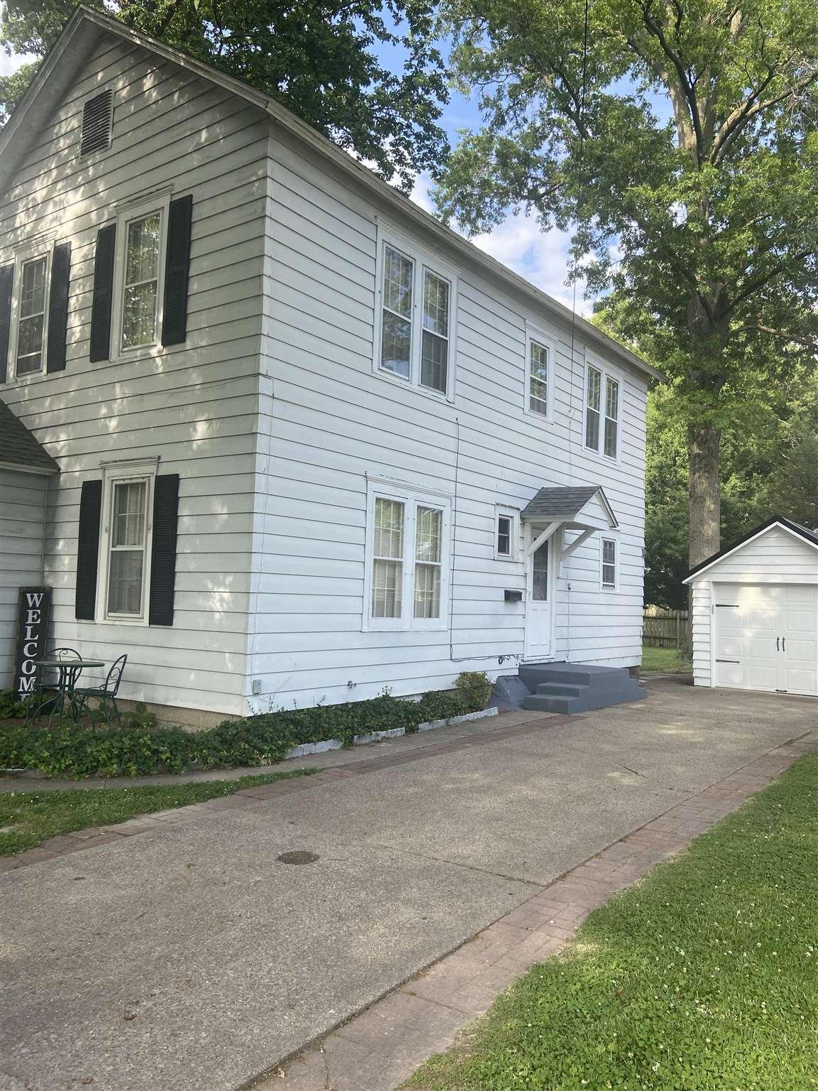218 S Pine Street Property Photo 1