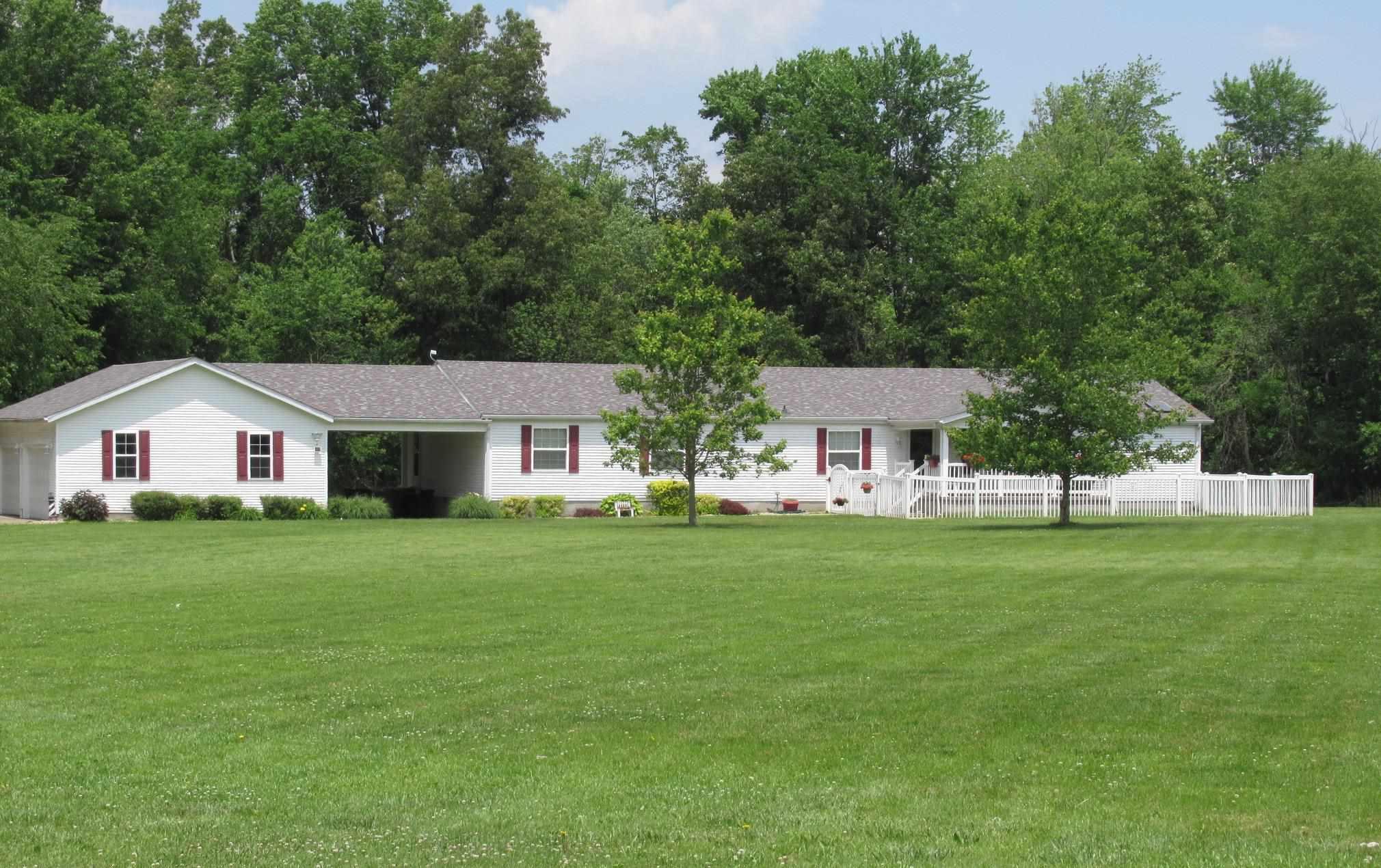 2211 W Cherry Street Property Photo 1