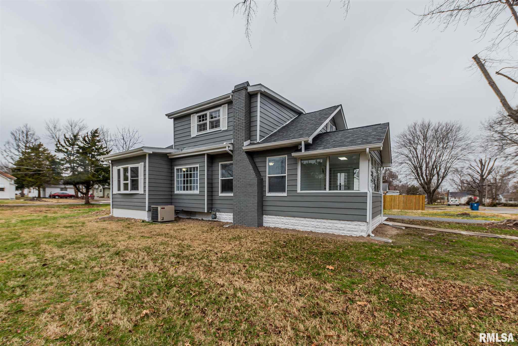 803 N Hickman Street Property Photo 1