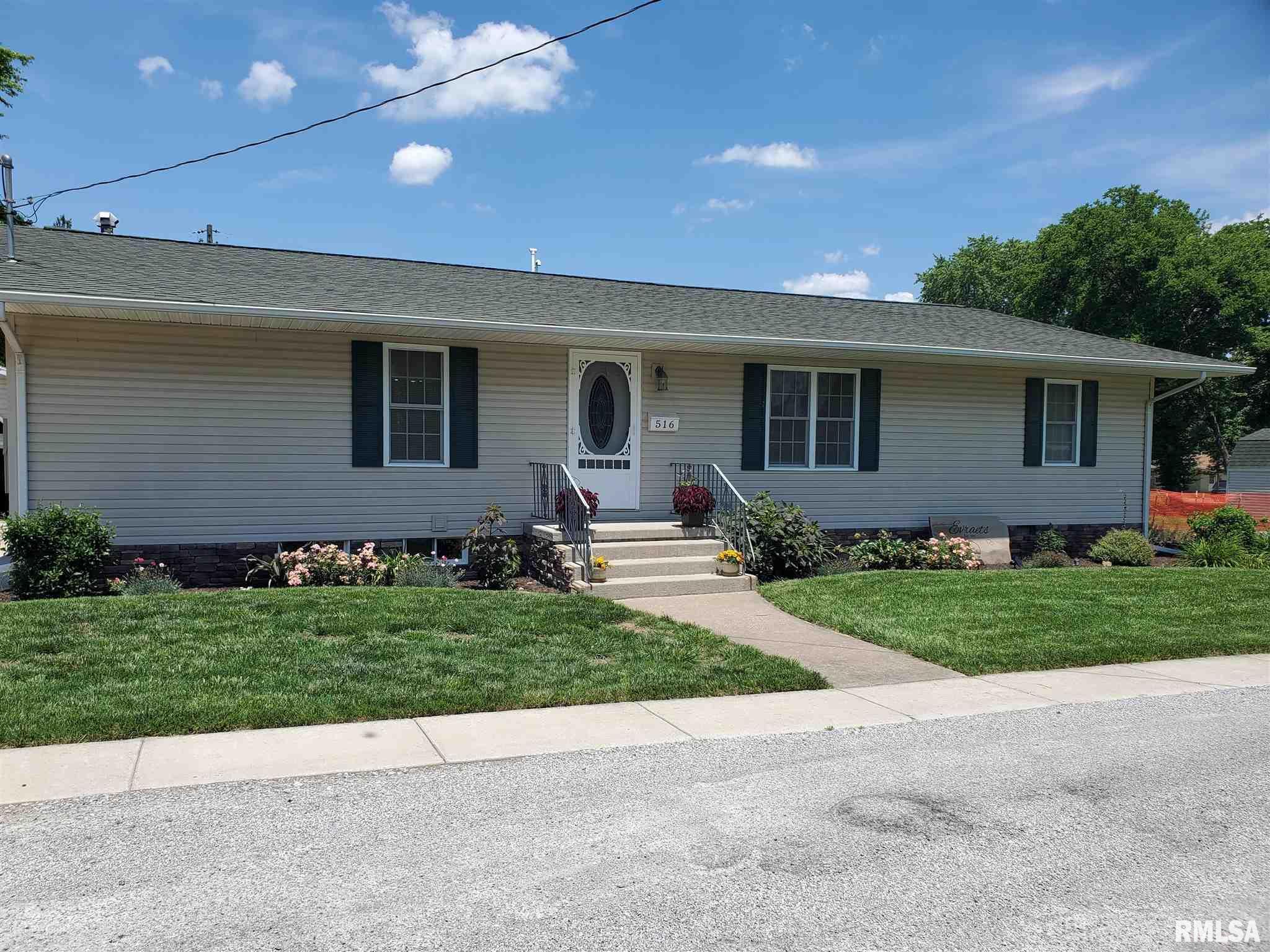516 W Farris Street Property Photo 1