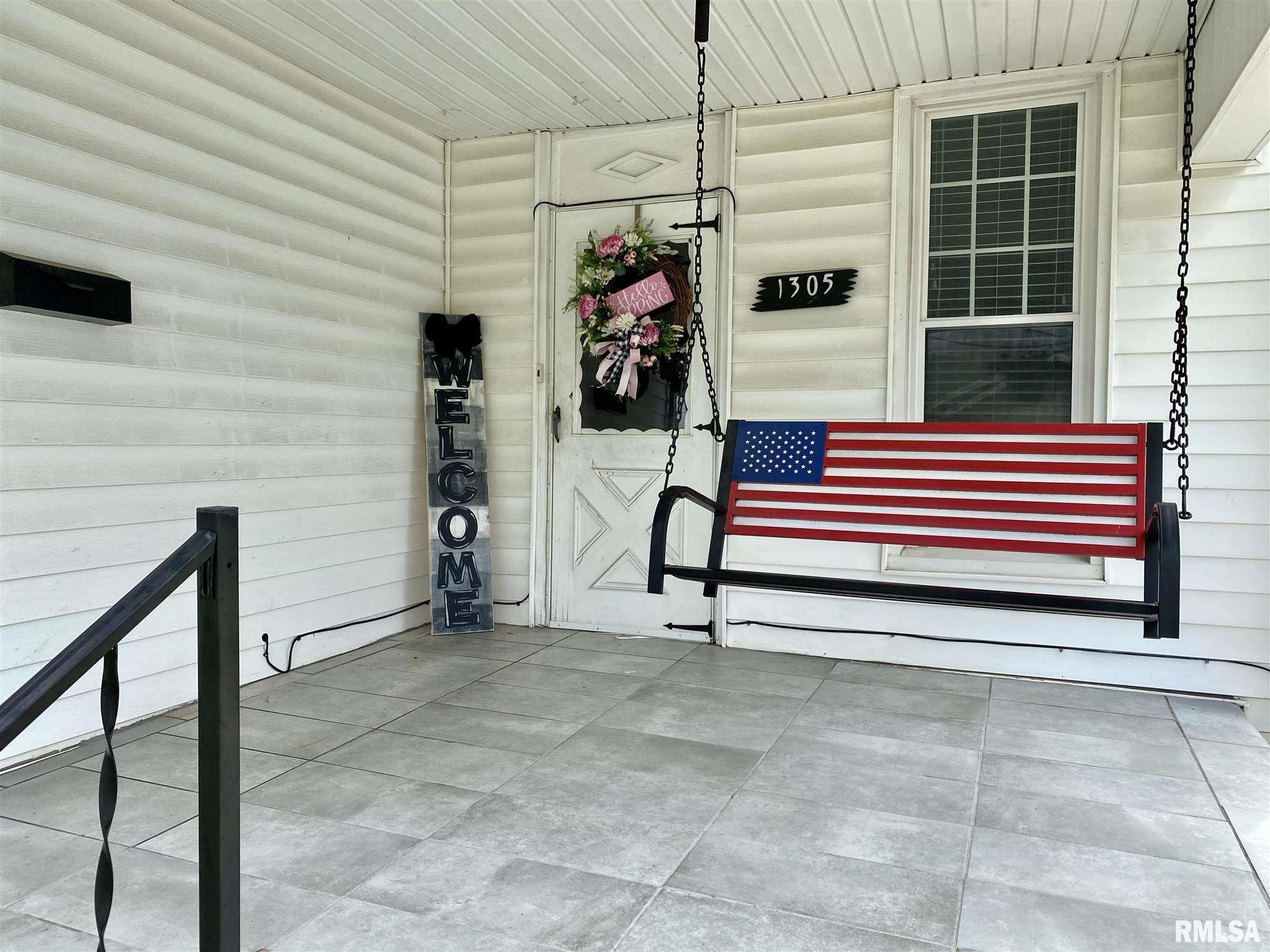 1305 N Monroe Avenue Property Photo 1