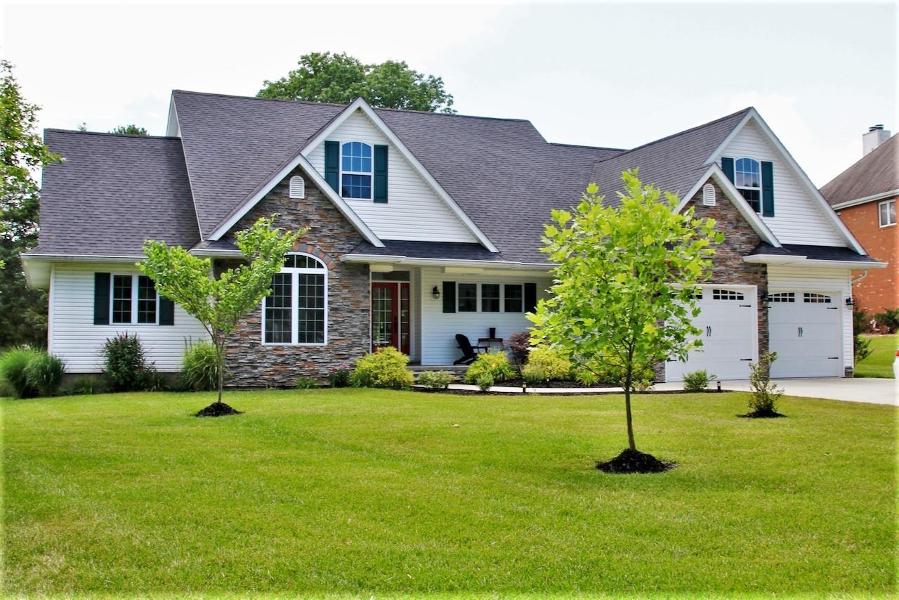 511 W Deer Lake Drive Property Photo 1
