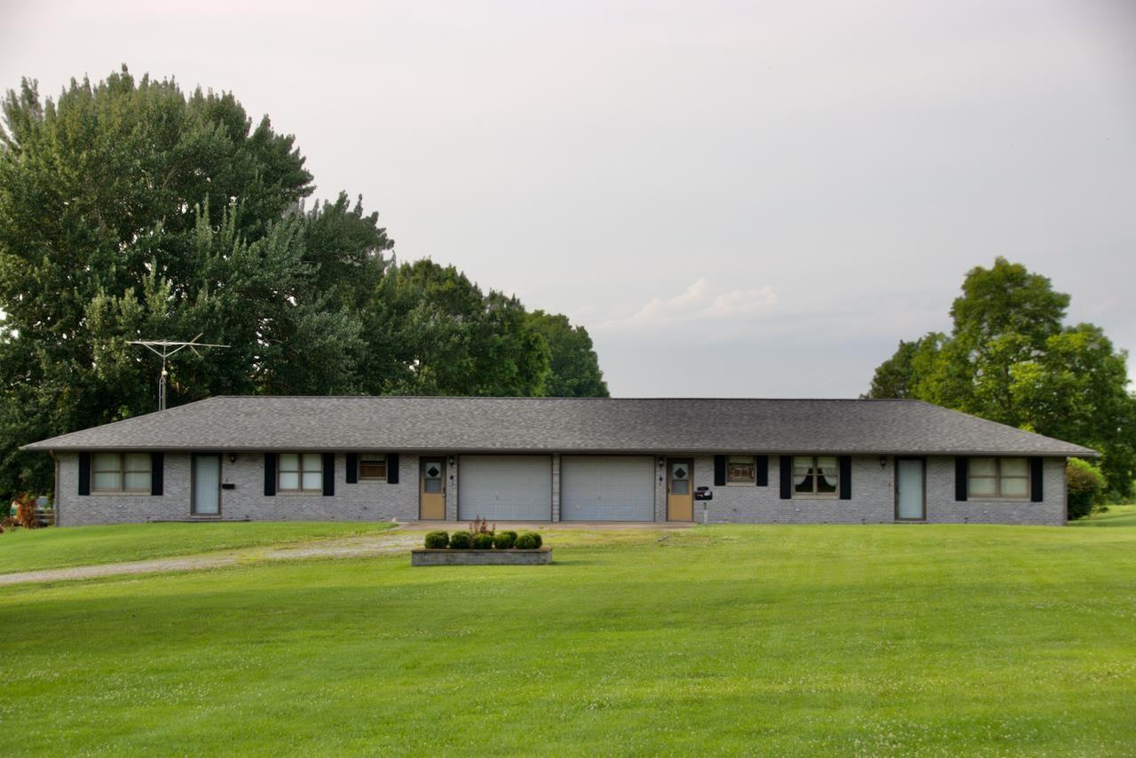 372 Murphysboro Lake Road Property Photo 1