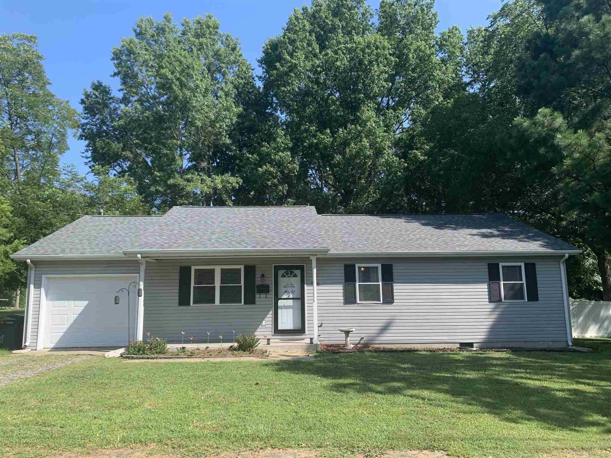 810 Farris Street Property Photo 1