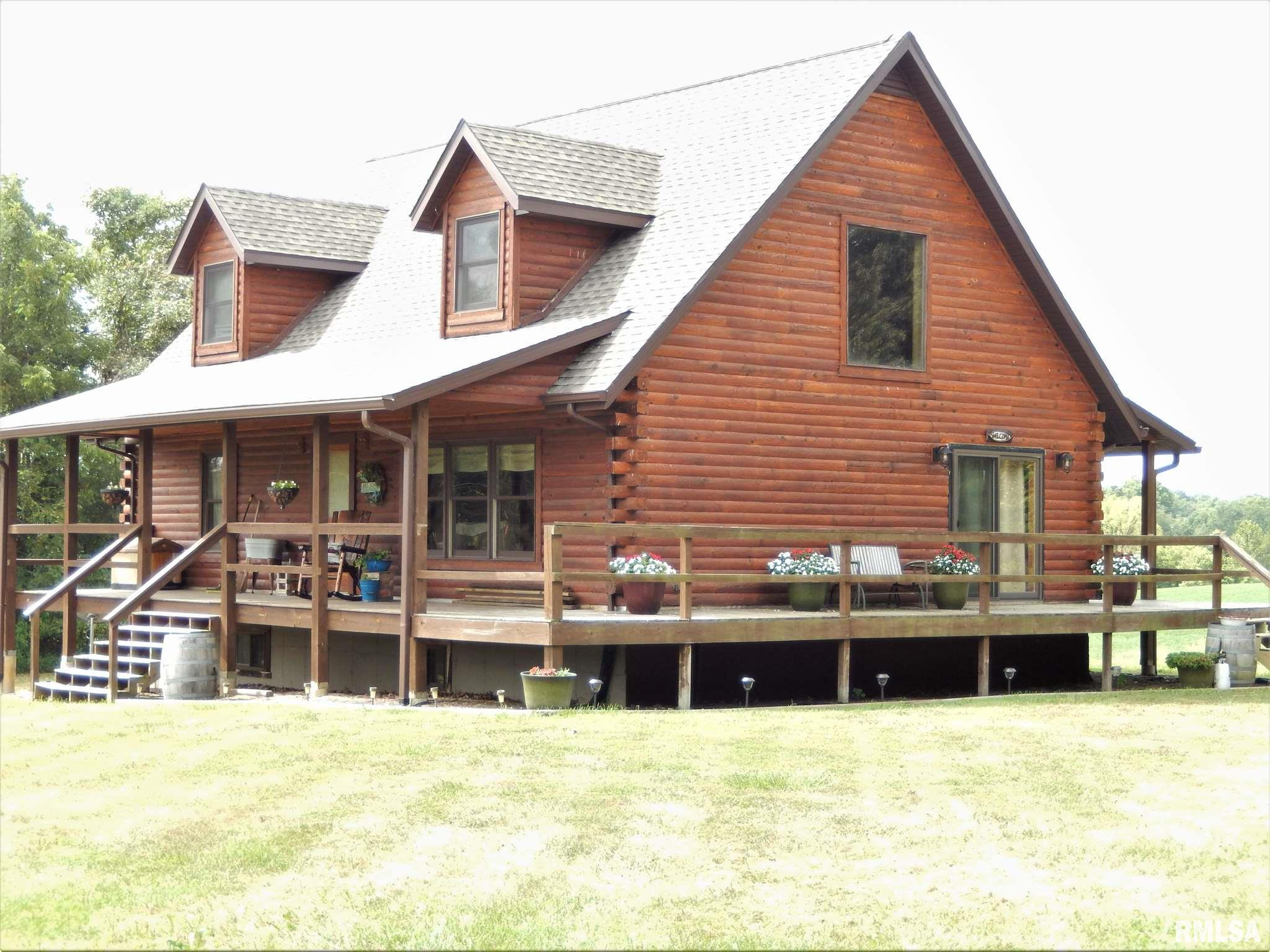 845 Foster Road Property Photo 1