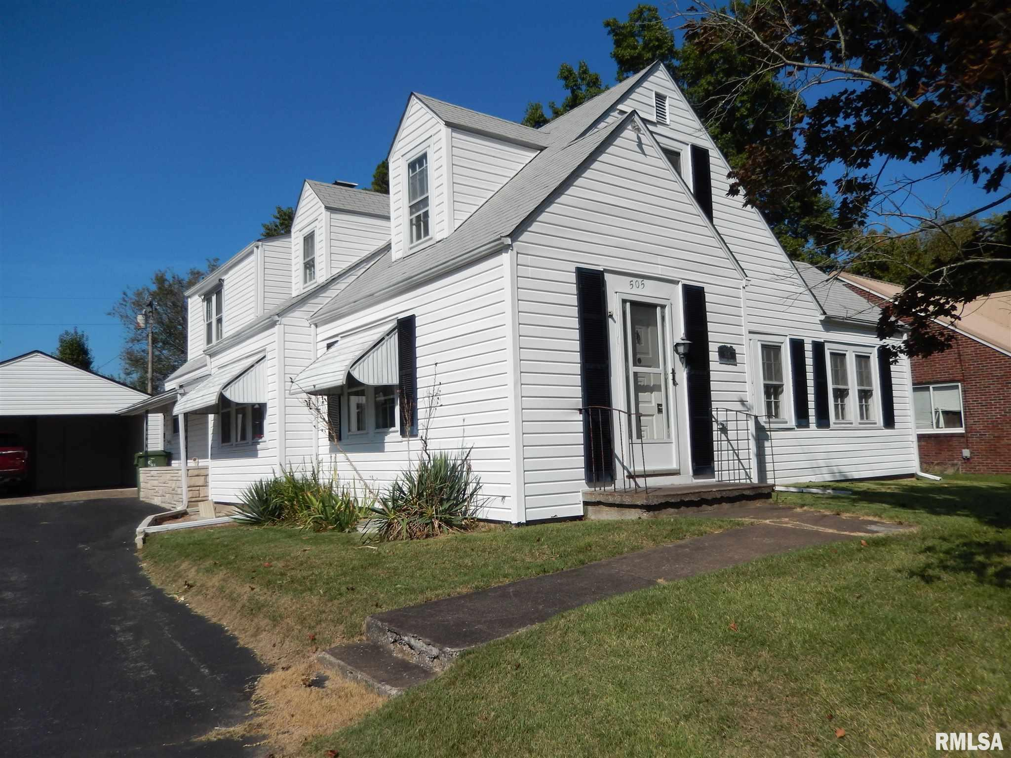 505 S Green Street Property Photo 1
